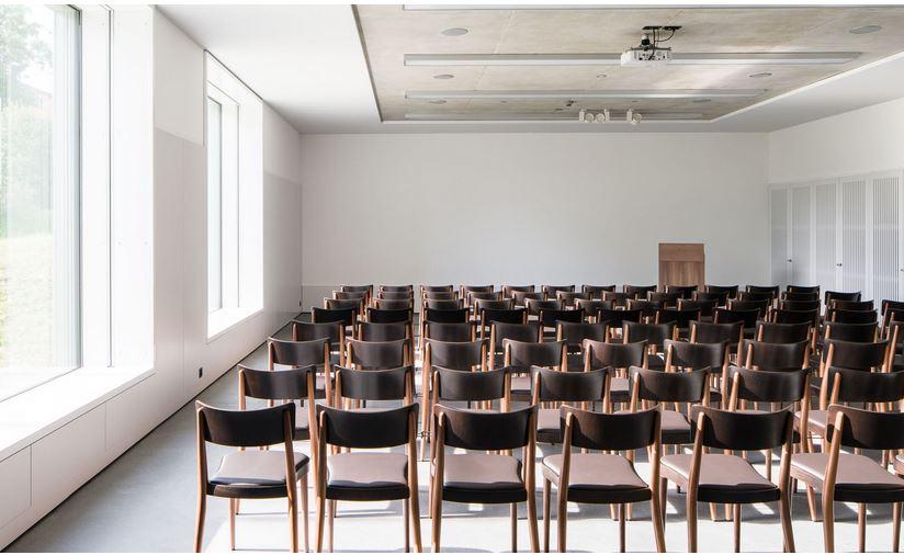horgenglarus willkommen bei der ltesten stuhl und. Black Bedroom Furniture Sets. Home Design Ideas