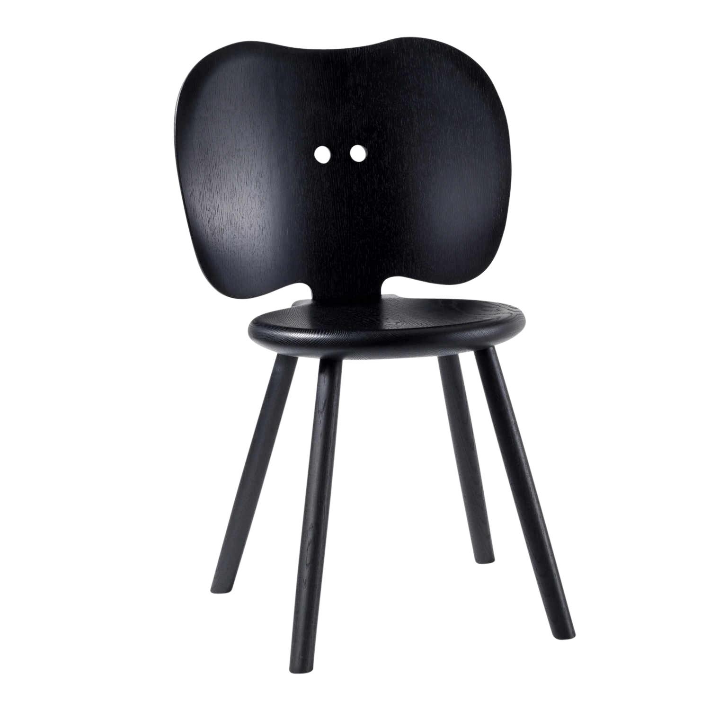 Das haut uns vom stuhl stabell von r thlisberger for Design stuhl hersteller