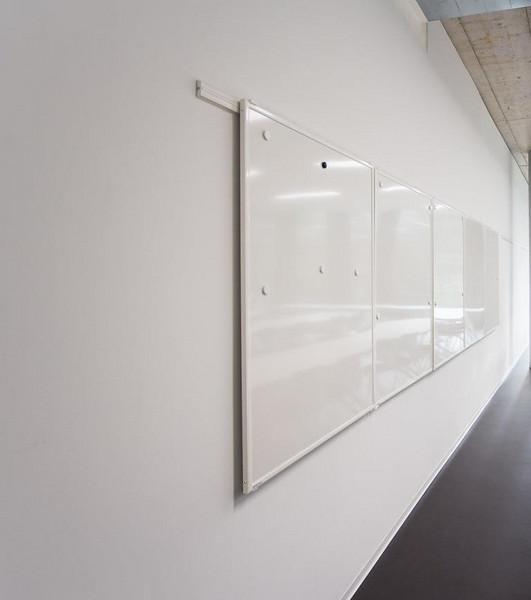 wir stellen vor adeco der schweizer hersteller der wandsysteme o c system wallstreet. Black Bedroom Furniture Sets. Home Design Ideas
