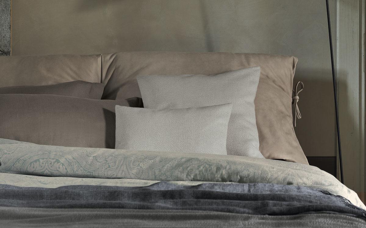 Nathalie Bett von Flou: das Urmodell aller textilen Betten - Bruno ...