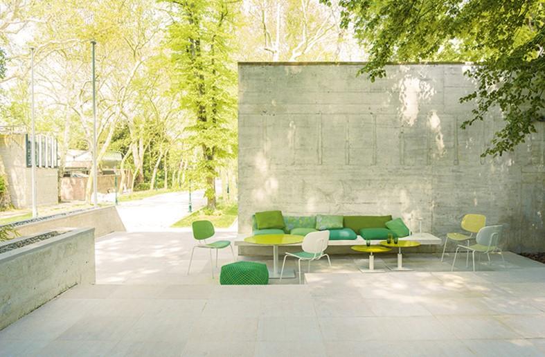 Die neuen Outdoor-Stühle: Nachhaltigkeit nach Paola Lenti