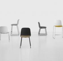 Neu von La Palma: SEELA – Stuhl mit Sitzschale aus Polypropylen und integrierter Sitzfläche aus Holz, Stoff oder Polypropylen