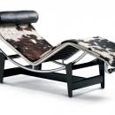 LC4 Chaiselongue Liege Hersteller: Cassina Designer: Charlotte Perriand / Le Corbusier / Pierre Jeanneret