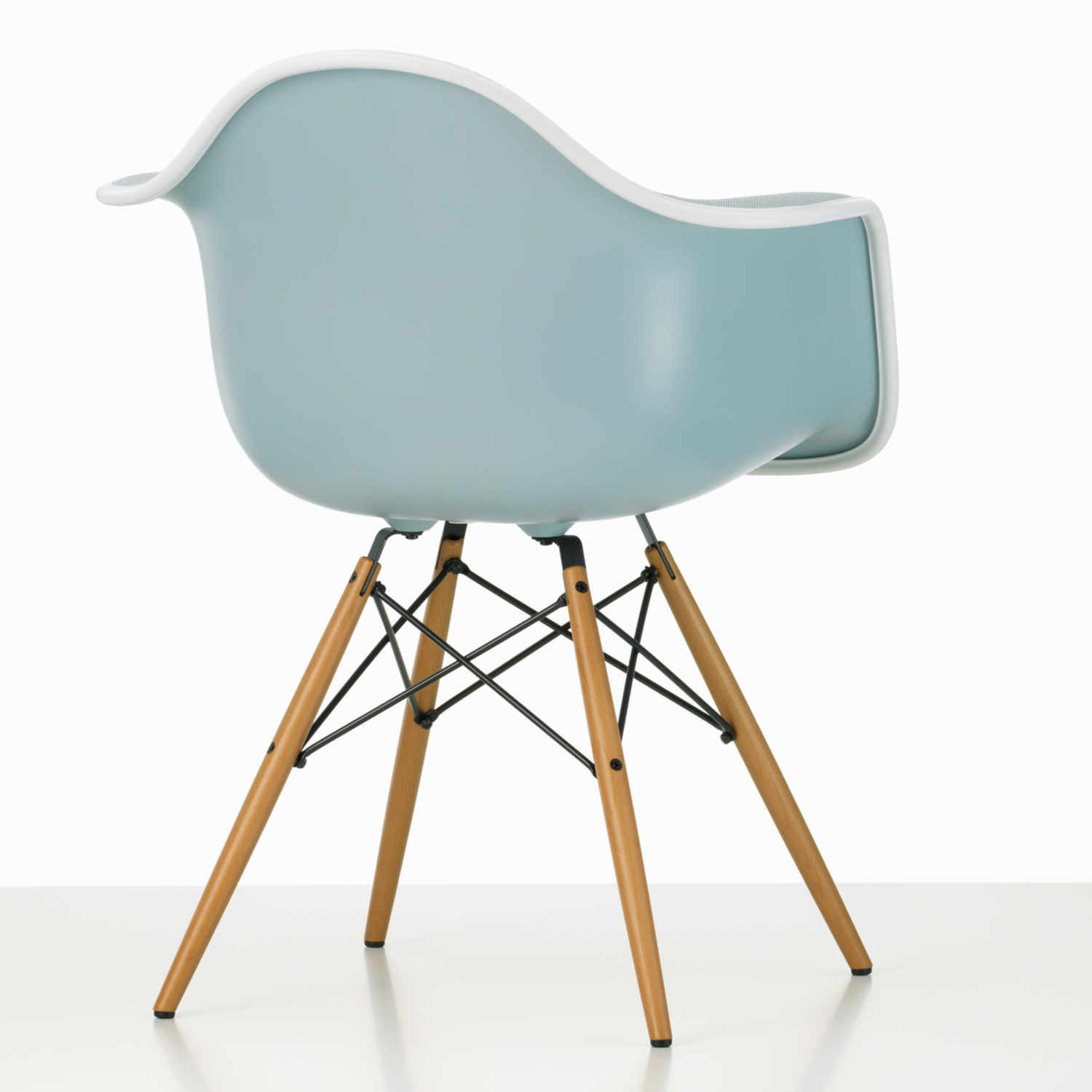 vitra eames plastic armchair daw stuhl bruno. Black Bedroom Furniture Sets. Home Design Ideas