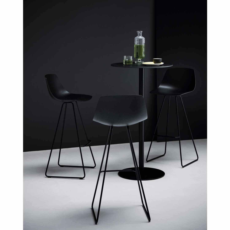 lapalma miunn hocker hoch bruno. Black Bedroom Furniture Sets. Home Design Ideas