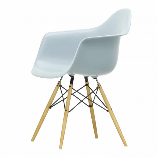 Charmant Vitra Eames Plastic Armchair DAW Stuhl 20_44032500