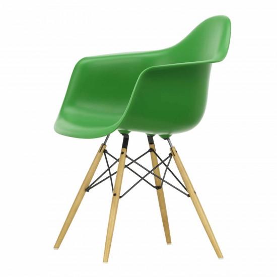 vitra eames plastic armchair daw stuhl bruno. Black Bedroom Furniture Sets. Home Design Ideas