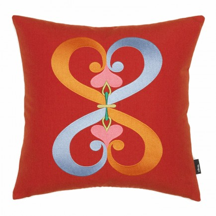Vitra Embroidered Pillow Double Heart Kissen 20_20163306