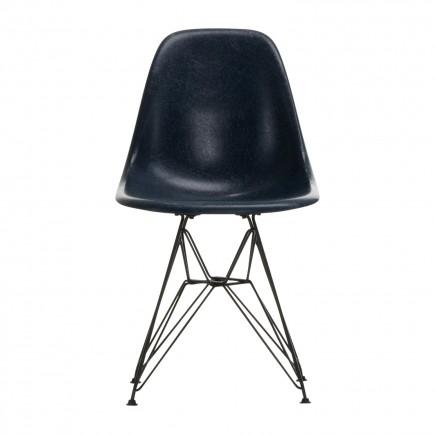 Vitra Eames Fiberglass Side Chair DSR Stuhl Ausstellungsstück 20_44040000_033005_O