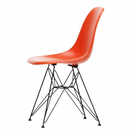 Vitra Eames Fiberglass Side Chair DSR Stuhl 20_44040000