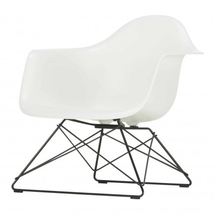 Vitra Eames Plastic Lounge Armchair LAR 20_44047500
