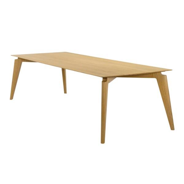 Röthlisberger Takushi Tisch 15_TAKUSHI